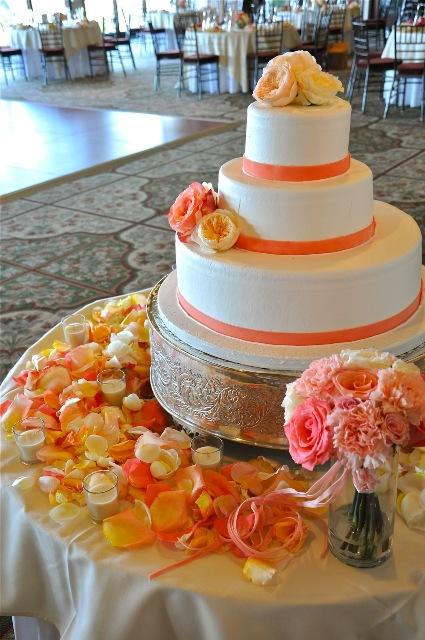 PV Golf Club Wedding Cake