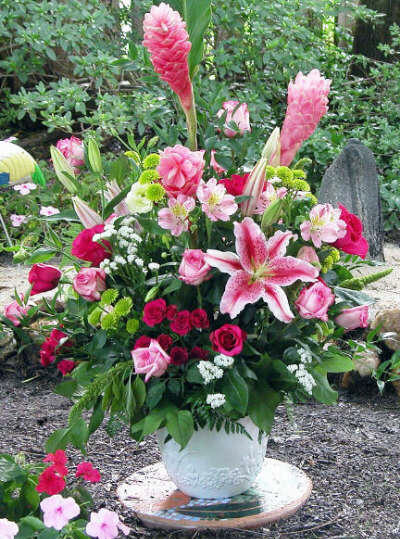 Stargazer Lily Flower Arrangements