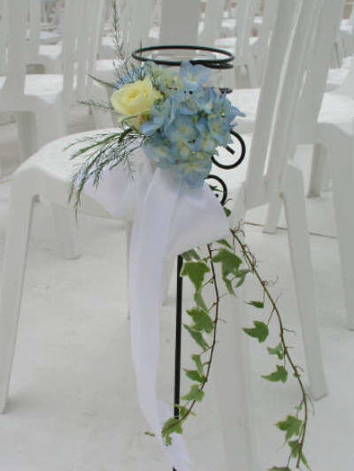 Flower Arranging Ideas Summer Flowers Beach Wedding Aisle