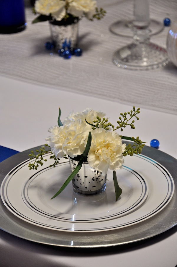 White Placecard Flowers