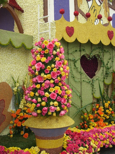 Tournament of Roses Float Closeup