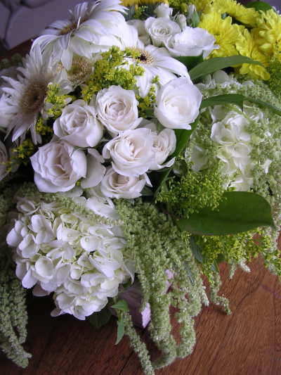 С днём Рождения! - Страница 4 Spring-flowers