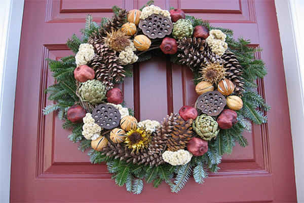Williamburg Wreath